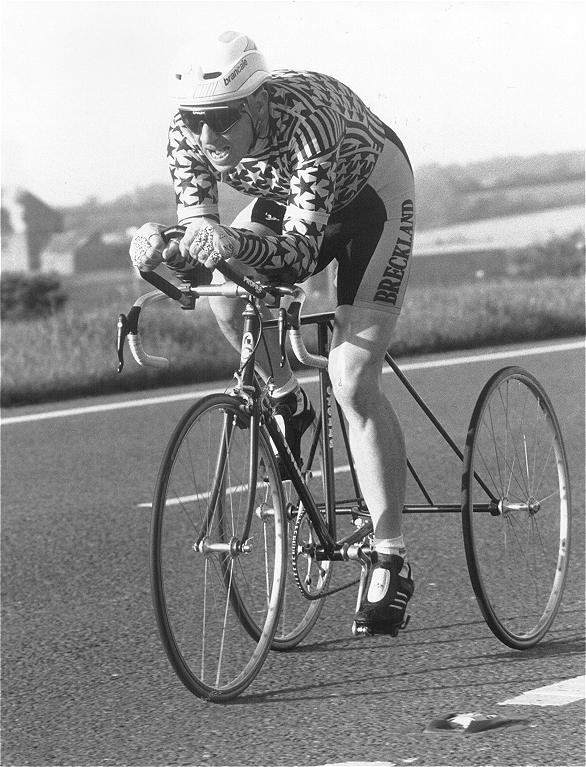 Full size image of Don Saunders on another record ride on a T.J. Cycles 'Flying Gate' Trike